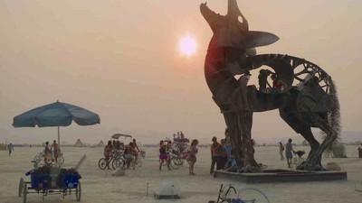 Não pode ir ao Burning Man? Então assista ao streaming