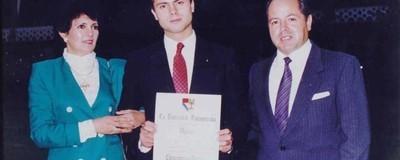"""""""Un caso sin precedentes"""": UP confirma plagio en la tesis de Peña Nieto"""