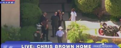 En vivo: Chris Brown se atrincheró en su casa tras ser acusado de amenazar a una mujer con un arma