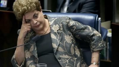 Durou 14 horas a sessão de defesa da Dilma no Senado
