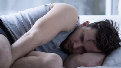 Wir erklären wissenschaftlich, warum Liebeskummer so weh tut