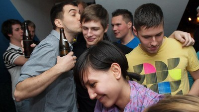 Wie du als Erstsemerster die richtige WG für dein Party-Leben findest