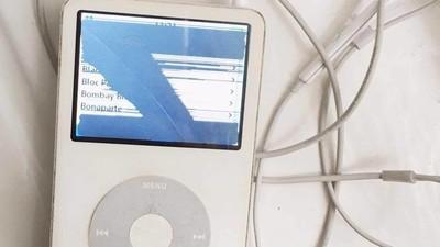 """Zwischen Revolverheld und """"Sad""""-Playlist – Ich habe meinen 10 Jahre alten iPod wiedergefunden"""
