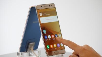 Samsung Galaxy Note 7 era genial, dacă nu lua foc și nu se topea
