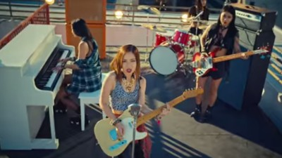 The Teen Girls Trying to Make It in Hong Kong's 'Cantopop' Music Industry