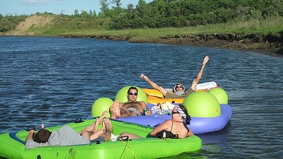 An American Guy Is Going to Jail for Floating into Canada on an Air Mattress