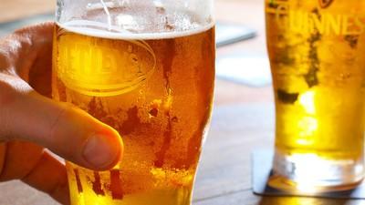 Sport könnte wiedergutmachen, was du deiner Leber in der Bar antust