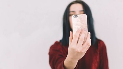 What Your Social Media Use Says About Your Depression