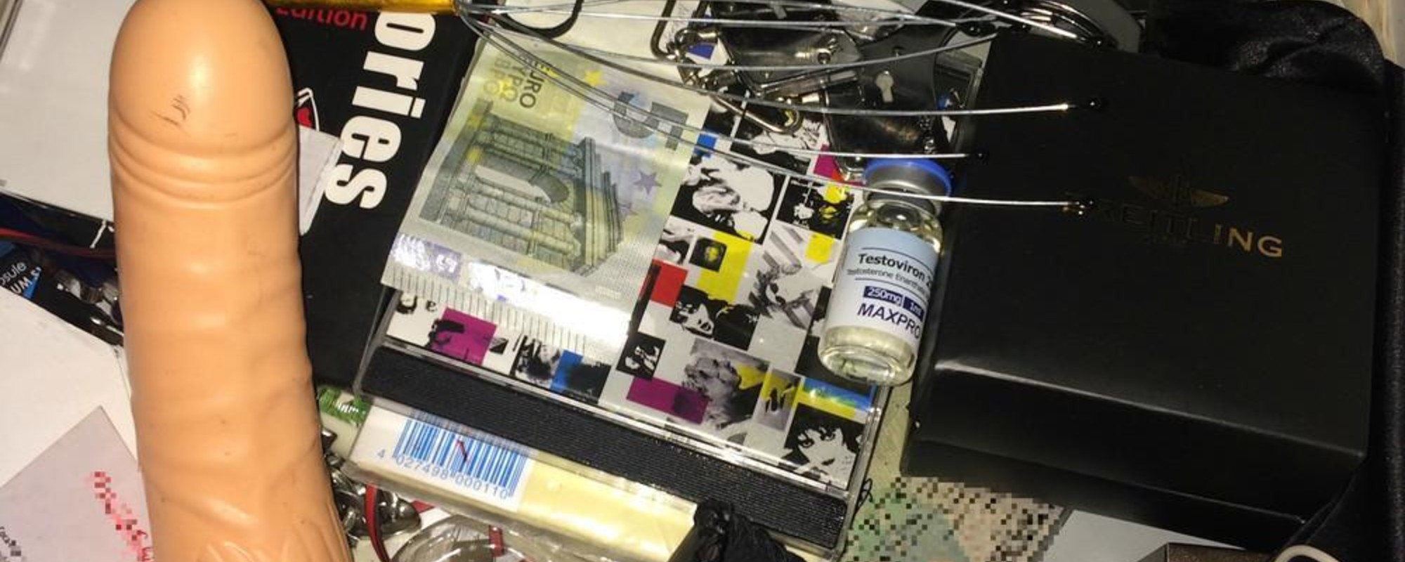 Buttplugs, Vials of Ketamine and Other Things VICE Readers Keep In Their Bedside Drawers