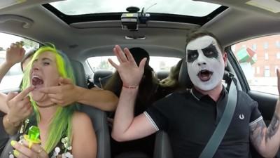 Geht weg mit eurem Pop: Punk-Carpool Karaoke ist der pure Wahnsinn!