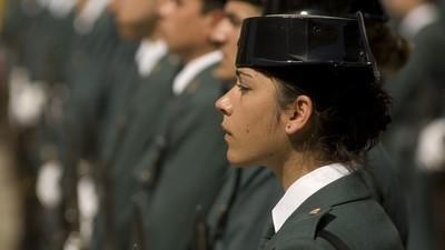 Una agente de la Guardia Civil podría ser encarcelada por llevar un chaleco antibalas no oficial