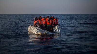 The Way We Talk About the 'Refugee Crisis' Robs People of Their Humanity