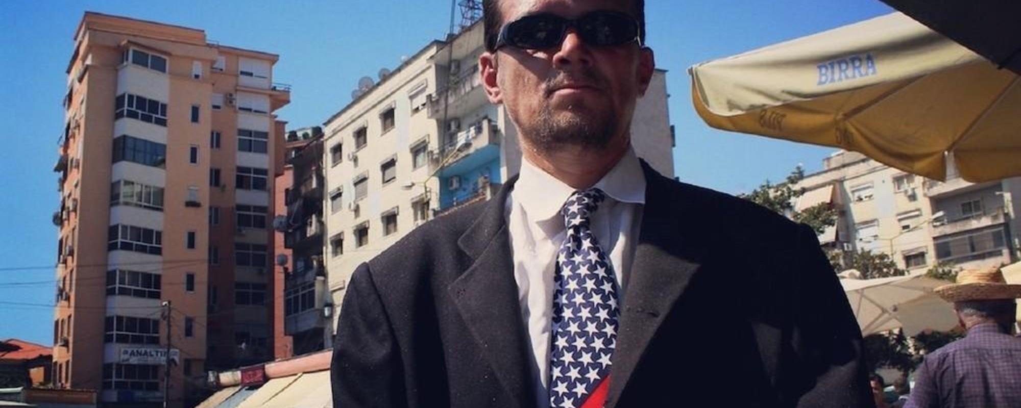 De Amerikaanse vlag wappert fier in de Balkan