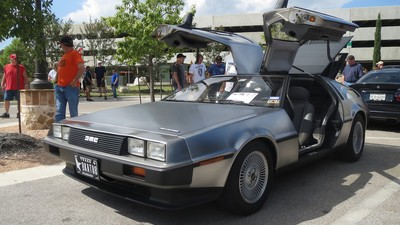 Police Don't Like It When You Drive 88 MPH in Your DeLorean