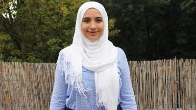 Nederlandse moslima's vertellen hoe het voelt als er altijd voor je gesproken wordt