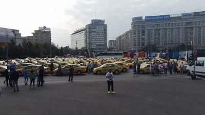 Tot ce trebuie să știi de mitingul transportatorilor care a blocat azi centrul Bucureștiului
