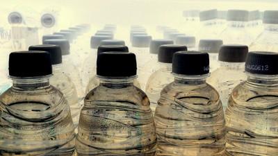 Wir sollten endlich aufhören, abgefülltes Wasser zu trinken