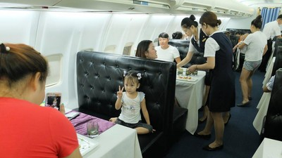 A Trip to the Chinese Restaurant Inside an Actual Boeing 737
