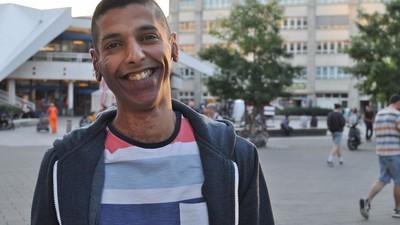 Hoe Syrische vluchtelingen elkaar helpen om te wennen aan het leven in een vreemd land