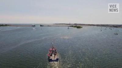 Pescarii ăștia sunt supărați că Obama i-a lăsat fără principala sursă de venit