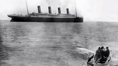 La historia del tipo que fotografió al Titanic y sobrevivió a la tragedia