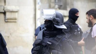 Que risque l'auteur d'une fausse alerte terroriste ?