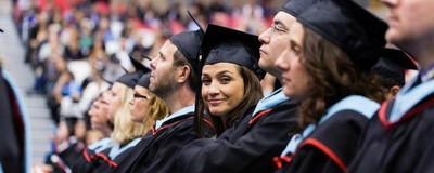 Cu ce se ocupă acum persoanele care au urmat cele mai inutile facultăți