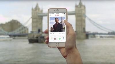 Cinque tipi di ragazzi che incontrerai su Tinder ora che è collegato a Spotify