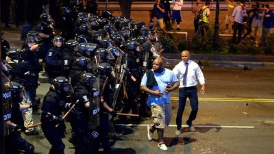 State of Emergency Declared in Charlotte as Violent Protests Escalate