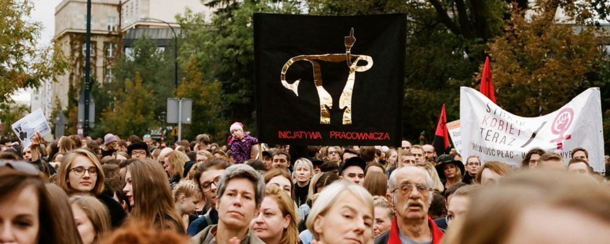 Photos of Polish People Protesting a Near-Total Ban on Abortion
