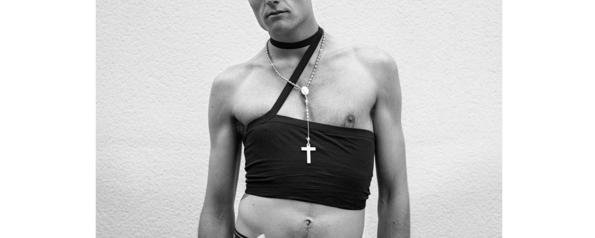 Portretten van Berlijnse clubgangers na een lange nacht stappen