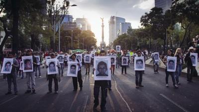 Dos años después, Peña Nieto no puede lavar la mancha de Ayotzinapa