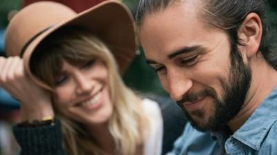 Een vriendschap met je ex kan je nieuwe relatie behoorlijk verpesten