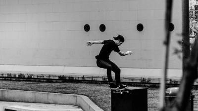 """""""Sob a Aparente Desordem"""", o vídeo que retoma o espírito combativo do skate"""