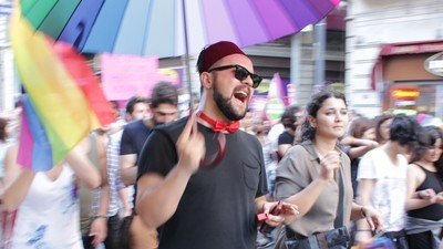 Why Are There So Few Resources for Gay Muslims Online?