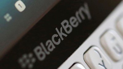 Apple and Google Hardware Didn't Kill BlackBerry, Their App Stores Did
