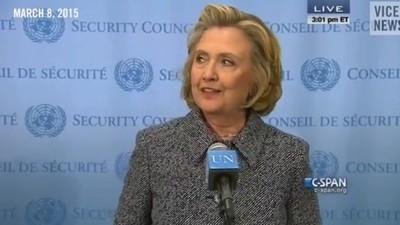Hillary Clinton nu suportă presa și toată lumea știe asta