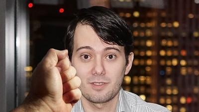Martin Shkreli versteigert einen Schlag in sein Gesicht