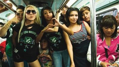 #VICE8Años: Monas, sicarios y sapos alucinógenos: todo lo que pasa cuando grabamos nuestros documentales