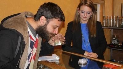 Zawodowy jaracz radzi, jak prawidłowo palić zioło