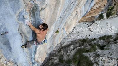 Edu Marín, el escalador que tocó el cielo tras hundirse en el pozo