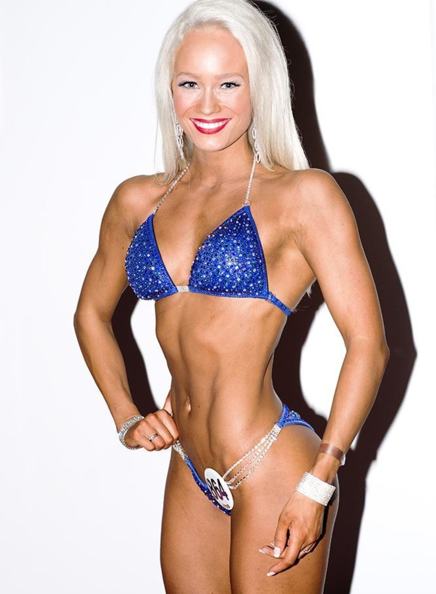Las mujeres bodybuilders de los Arnold Games
