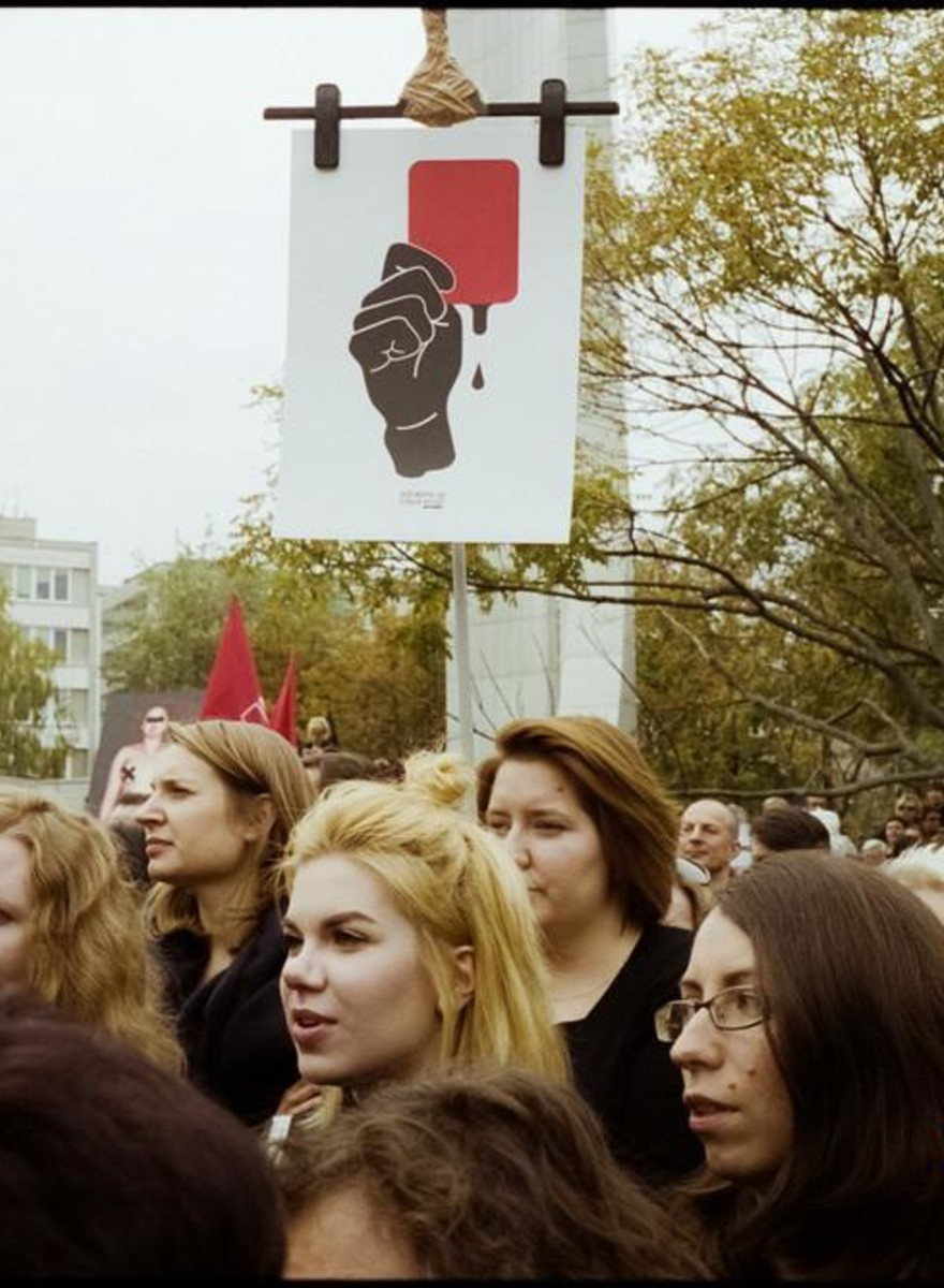 Thousands Protested the Crackdown on Women's Rights in Poland Again on Saturday