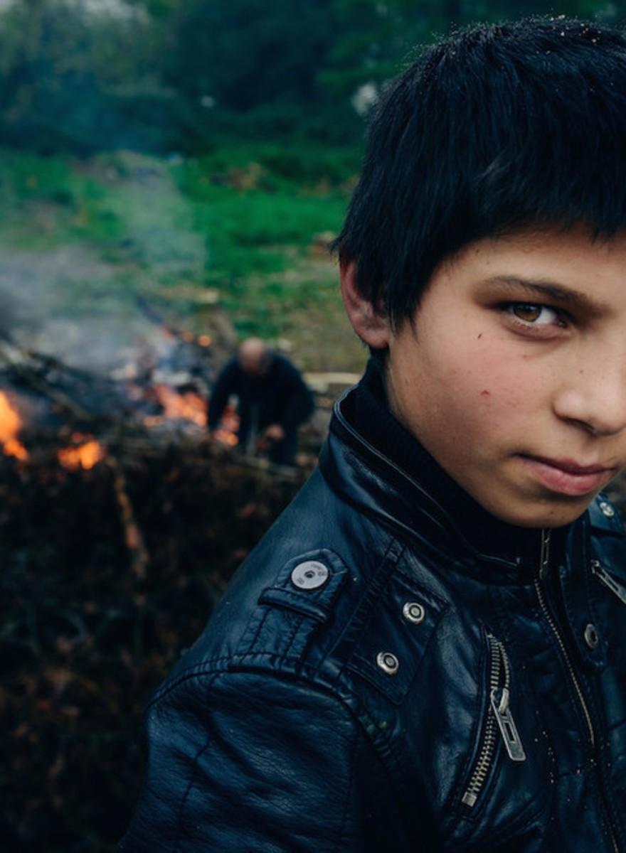 Foto's van het leven van jonge Franse woonwagenbewoners
