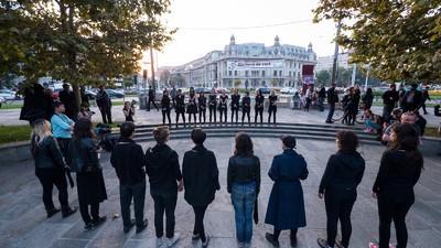 Româncele care protestează față de interzicerea avortului încă se luptă cu fantoma lui Ceaușescu