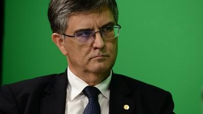 Cum ai fost manipulat zilele astea să crezi că un ministru tehnocrat din România a fost securist