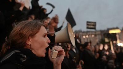 We spraken een aantal vrouwen die maandag demonstreerden tegen de nieuwe abortuswet in Polen