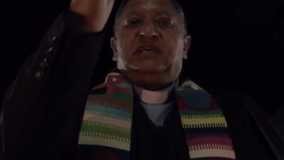De exorcist die probeert een Zuid-Afrikaanse satanische moordenaar te redden