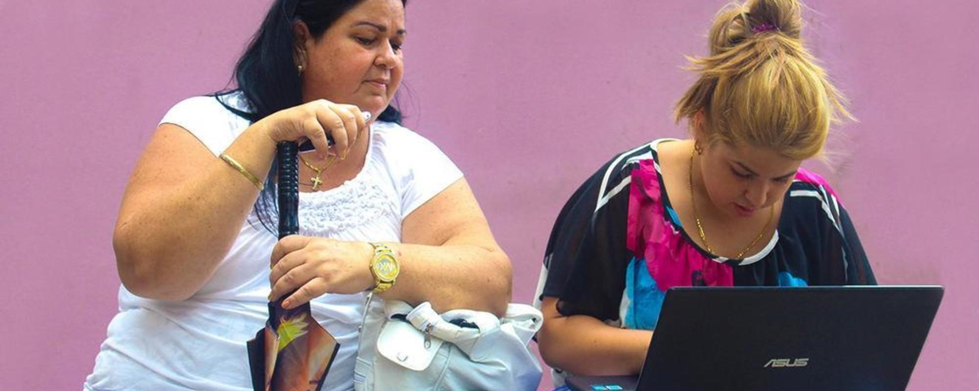 Ce fac cubanezii cu prima rețea Wi-fi din țară