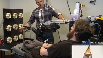 DARPA gelingt es, gelähmten Mann mit Hirnimplantat wieder fühlen zu lassen